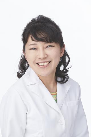 院長 安田 由紀子(YUKIKO YASUDA)